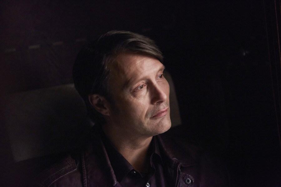 Hannibal: Mads Mikkelsen interpreta Hannibal Lecter in Antipasto