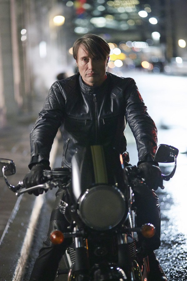 Hannibal: Mads Mikkelsen nel primo episodio della terza stagione, Antipasto