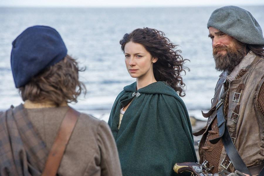 Outlander: Caitriona Balfe in una scena del season finale