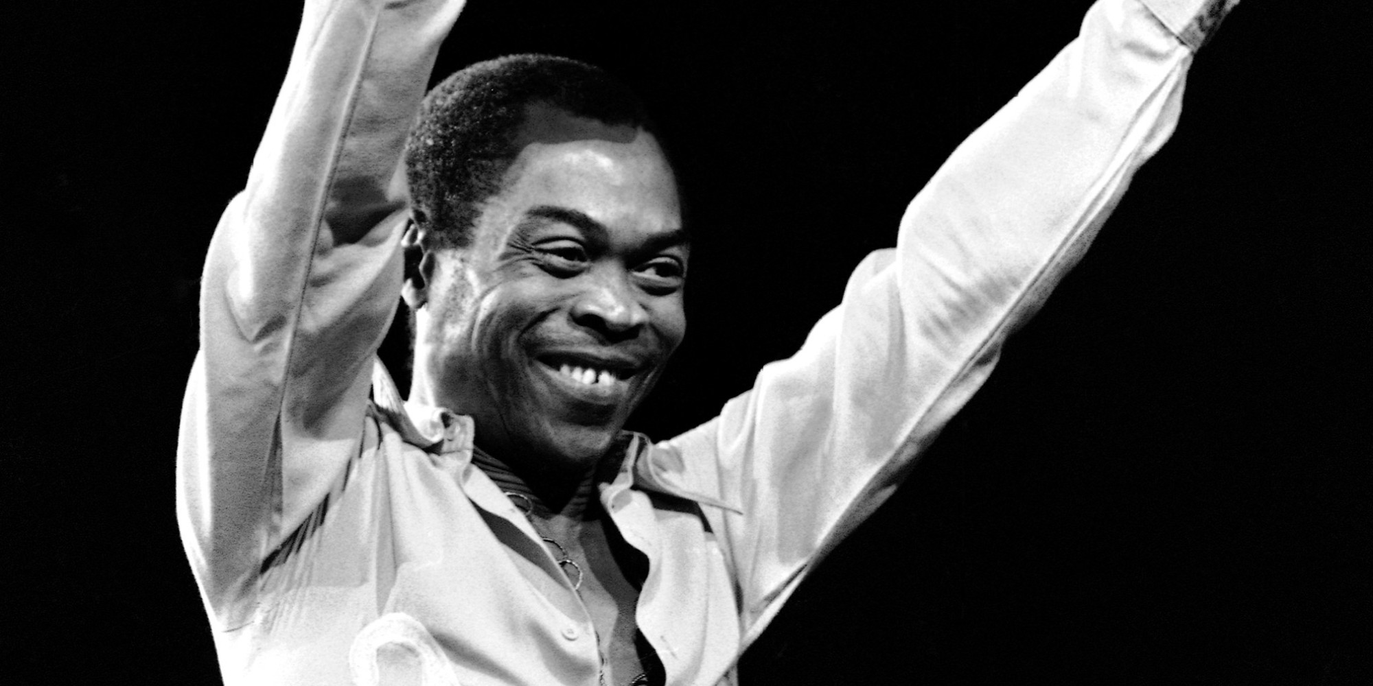 Finding Fela: Fela Kuti sorride in una foto di repertorio tratta dal documentario
