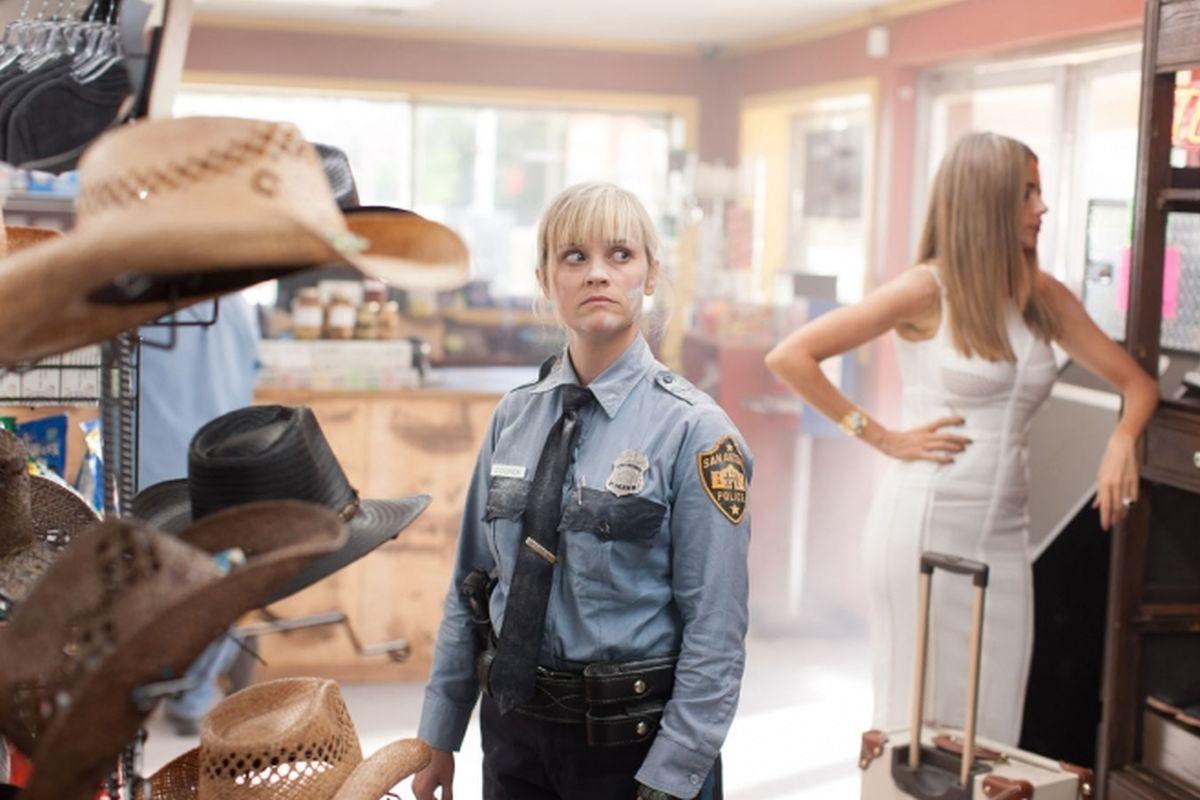 Fuga in tacchi a spillo: lo sguardo buffo di Reese Whiterspoon in una scena del film