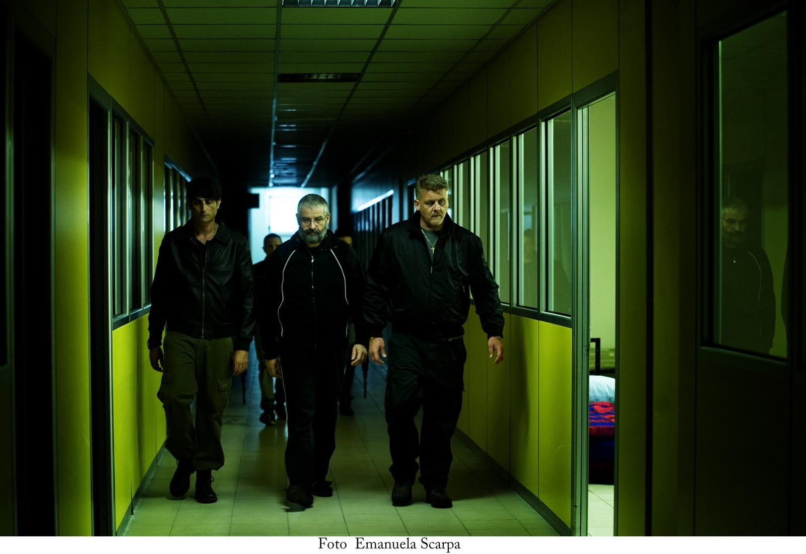 Gomorra - La serie: Fortunato Cerlino è il boss Pietro Savastano in una scena dei nuovi episodi