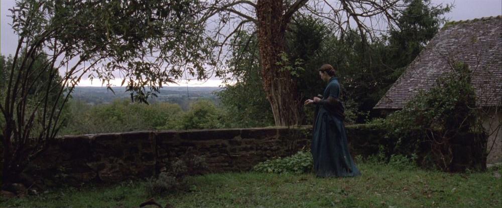 Madame Bovary: Mia Wasikowska in una scena del film di Sophie Barthes