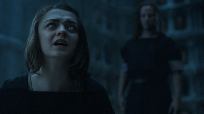 Il trono di spade: Maisie Williams e Tom Wlaschiha in Mother's Mercy