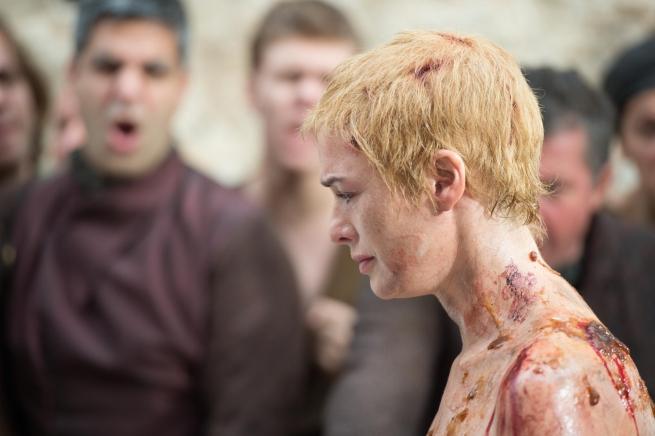 Il trono di spade: l'attrice Lena Headey nell'episodio Mother's Mercy