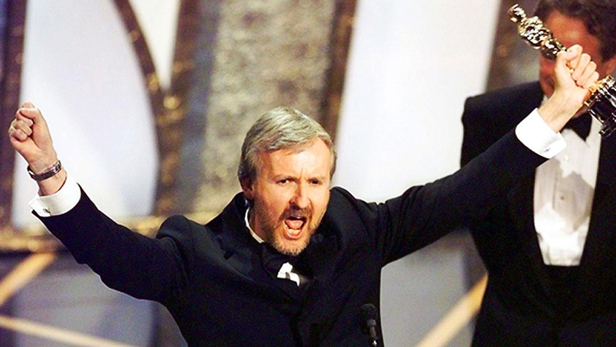 Oscar 1998: James Cameron è 'il re del mondo' con il suo Titanic