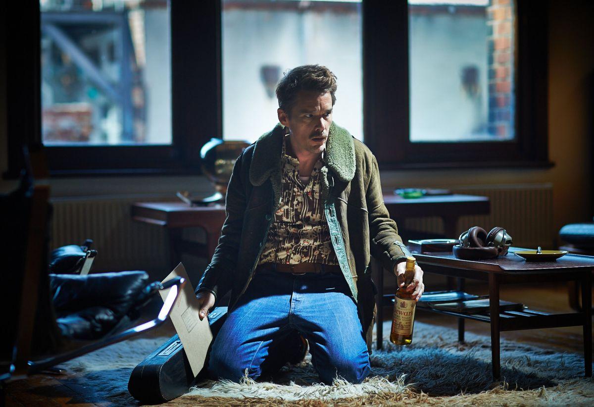 Predestination: Ethan Hawke in un'immagine tratta dal film fantascientifico