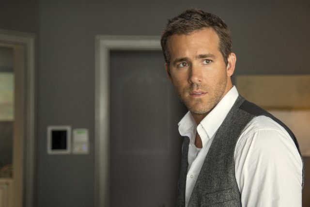 Self/less: Ryan Reynolds in un'immagine del film