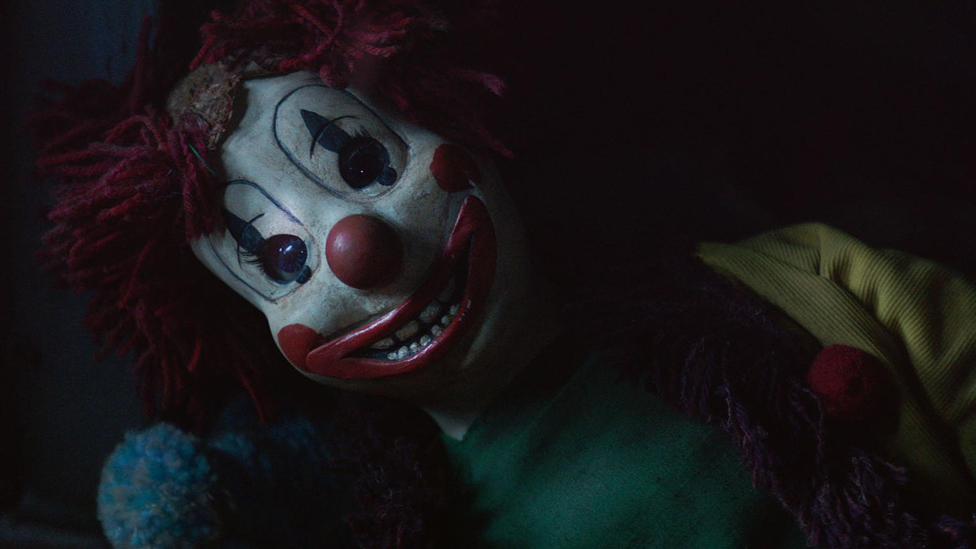 Poltergeist: un'inquietante immagine tratta dall'horror soprannaturale