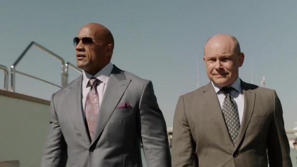 Ballers: Dwayne Johnson e Rob Corddry in una foto del primo episodio
