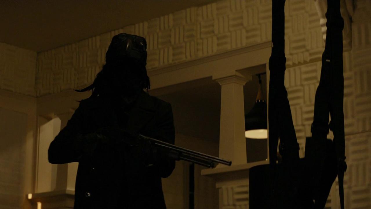True Detective: una misterioso figura nell'episodio Night Finds You