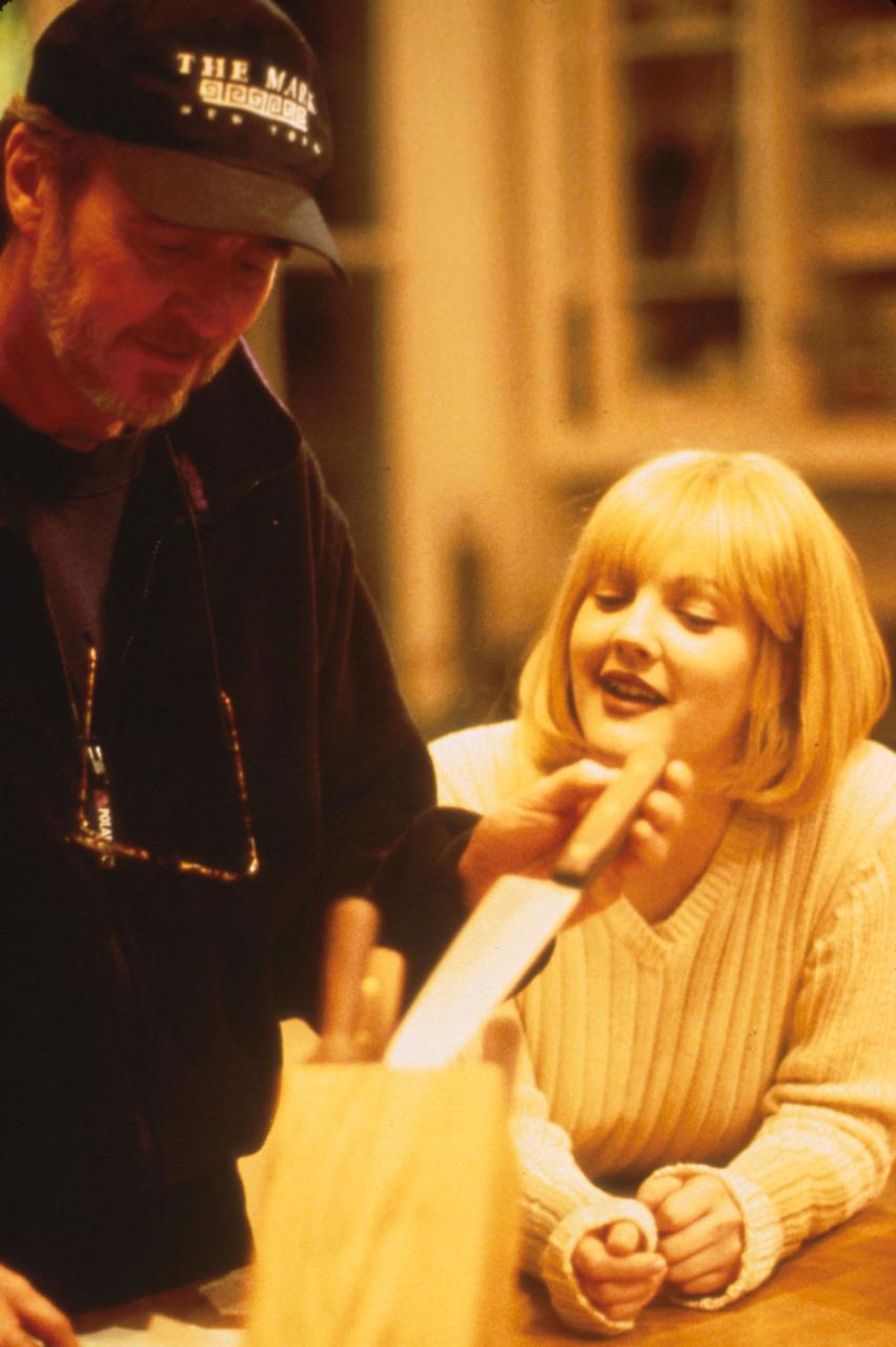 Scream: Wes Craven e Drew Barrymore sul set del primo film