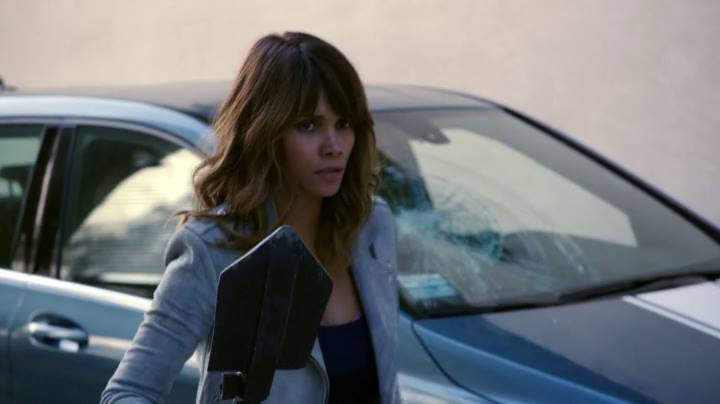 Extant: Halle Berry interpreta Molly Woods in Change Scenario