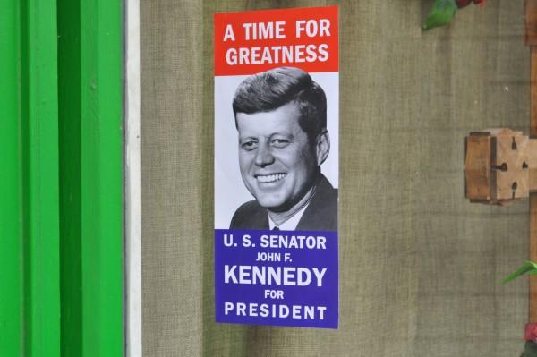 11/22/63: un manifesto elettorale della campagna presidenziale di Kenndy