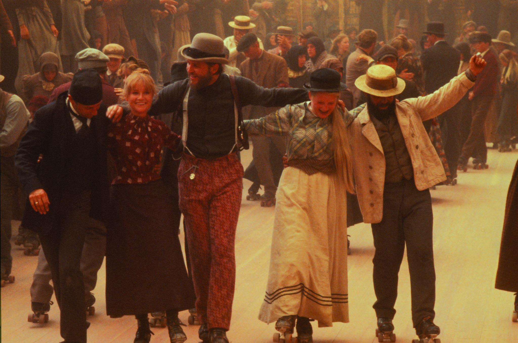 I cancelli del cielo: Isabelle Huppert e Jeff Bridges tra i ballerini sui pattini