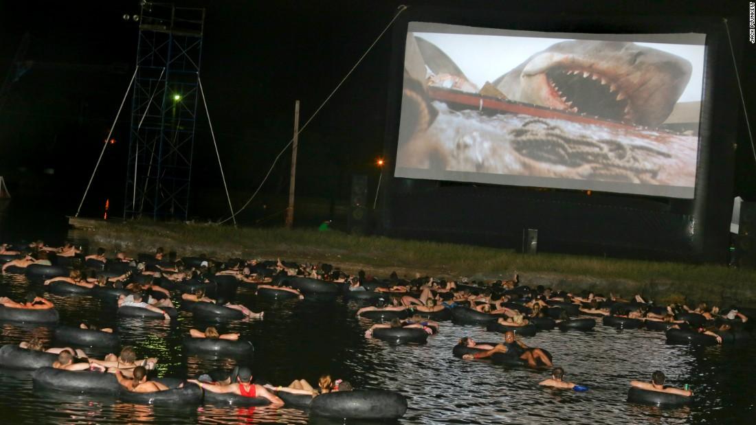 Lo Squalo, proiezione in acqua nel Texas (2015)