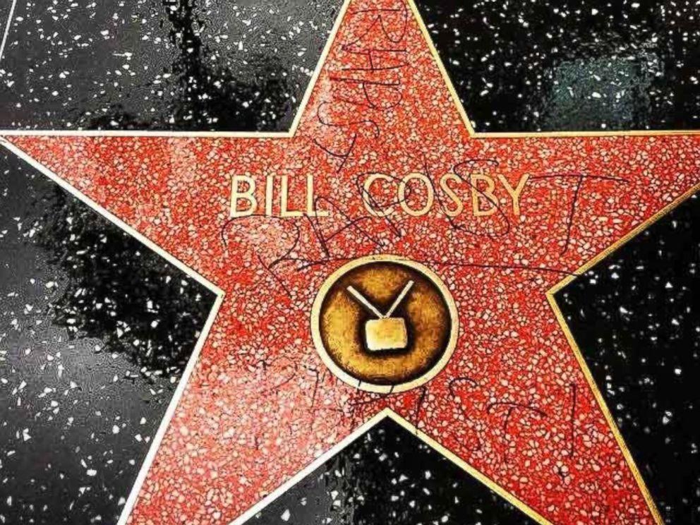 Bill Cosby: la sua stella della Walk of Fame imbrattata con la parola 'rapist'