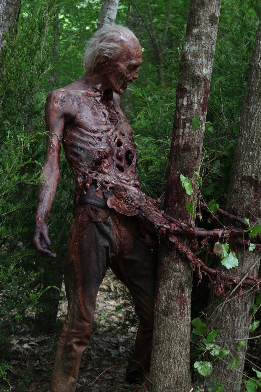 The Walking Dead: uno zombie della sesta stagione