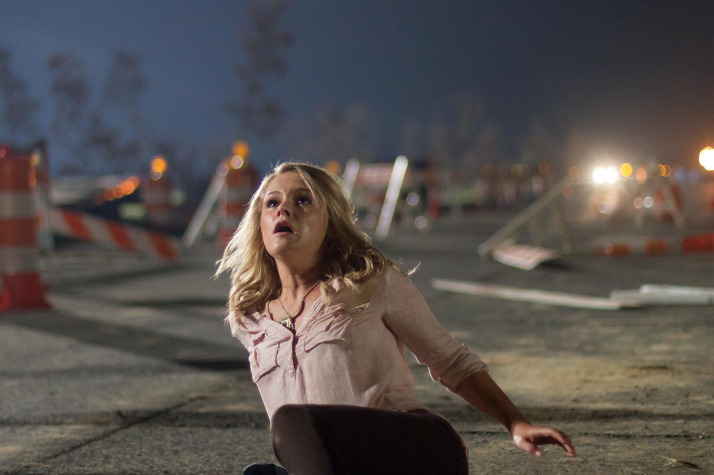 Left Behind - La profezia: Cassi Thomson in una scena del film