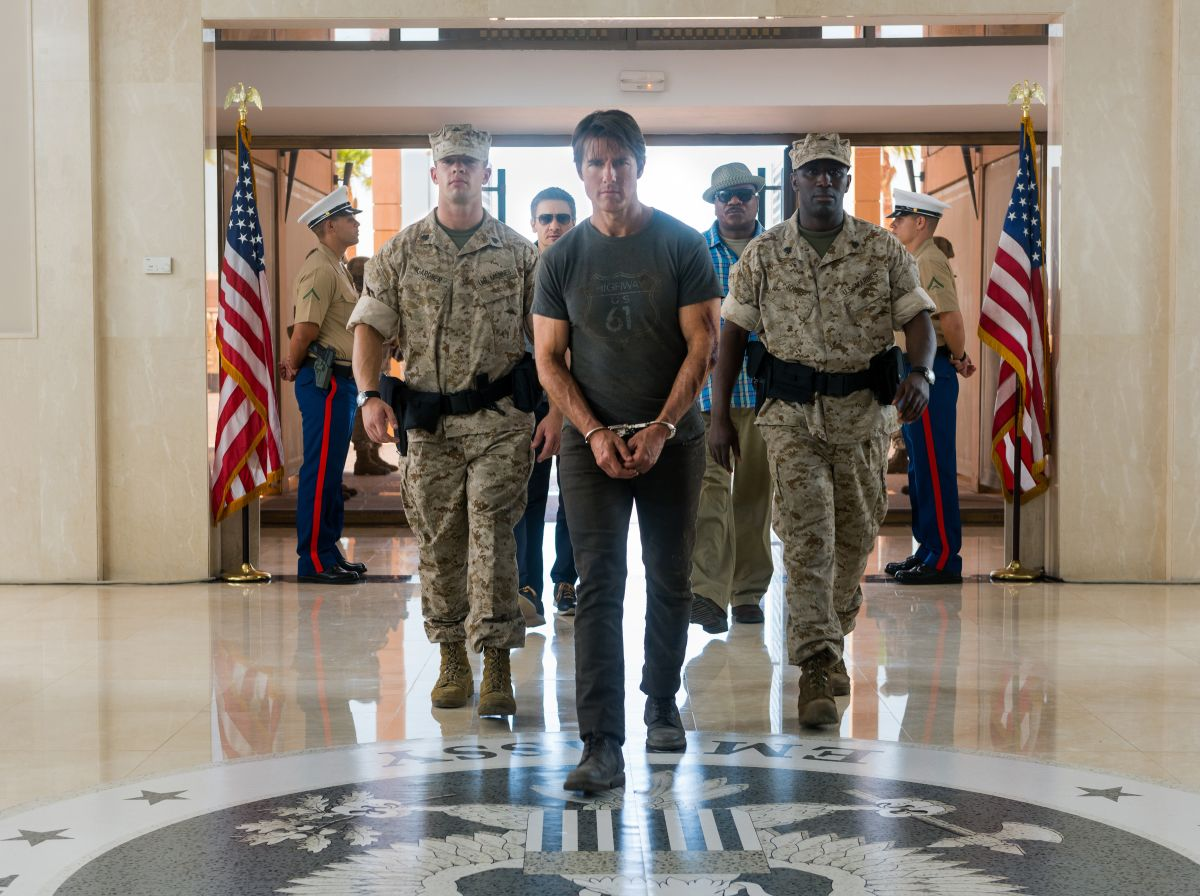 Mission: Impossible - Rogue Nation: Tom Cruise con Ving Rhames, Jeremy Renner in una scena