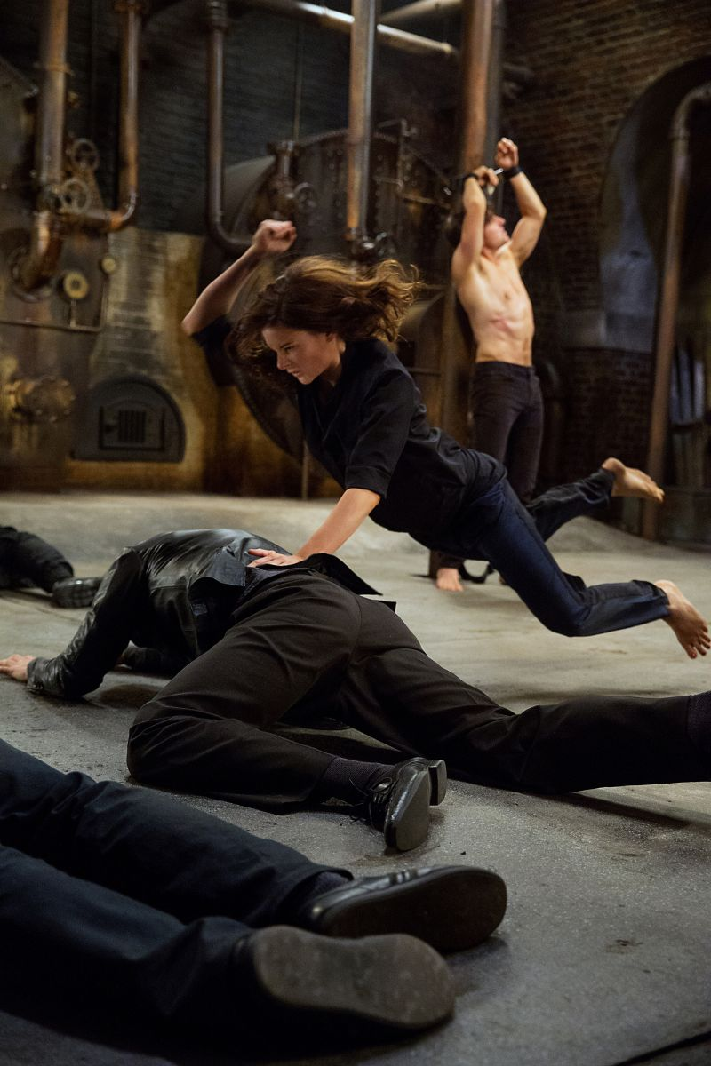 Mission: Impossible - Rogue Nation: Rebecca Ferguson in una scena d'azione del film