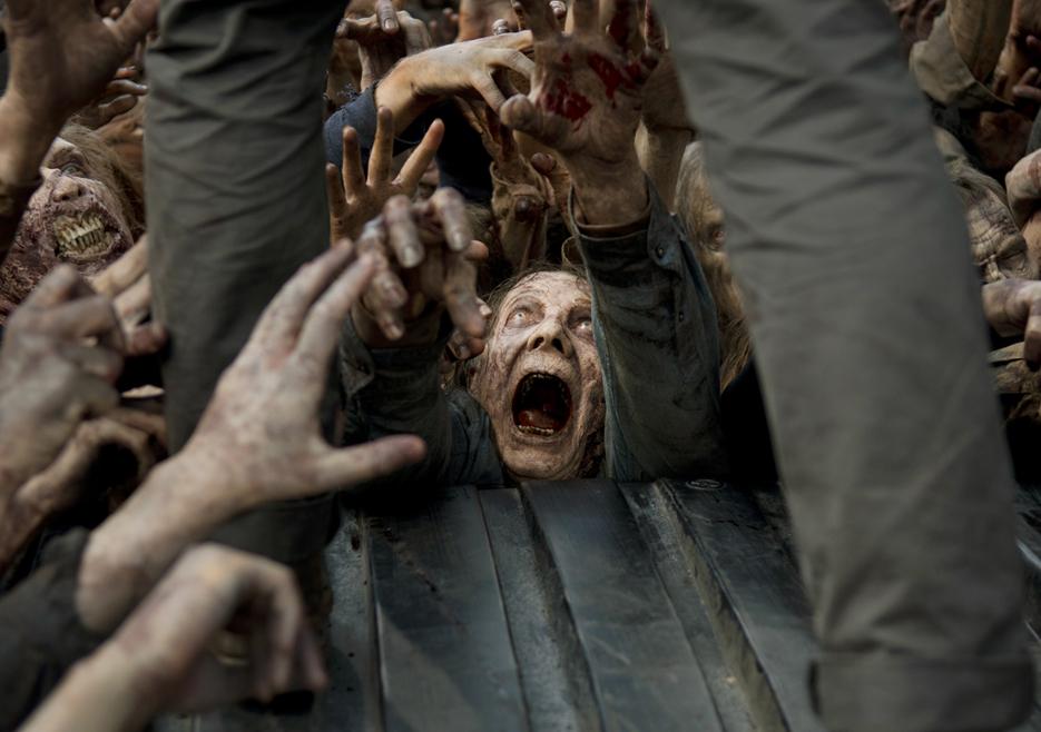 The Walking Dead: un attacco dei walker