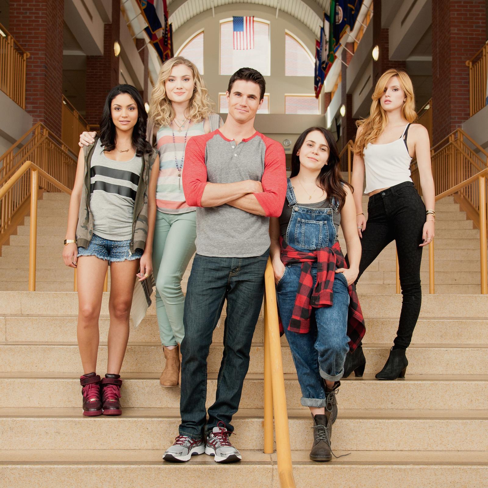 L' A.S.S.O. nella manica: una foto promozionale del cast