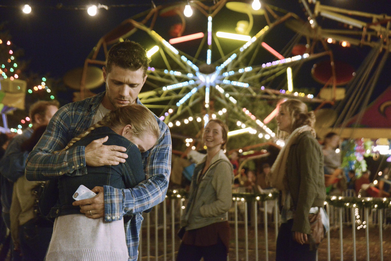 Secrets and Lies: Ryan Phillippe interpreta Ben insieme alla figlia