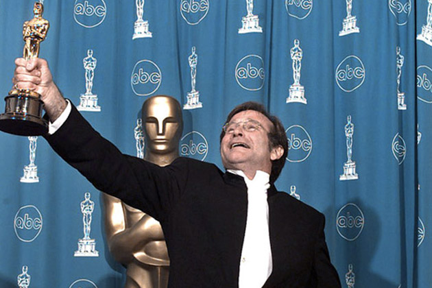 Robin Williams con la sua statuetta