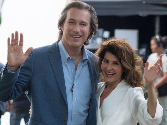 My Big Fat Greek Wedding 2: John Corbett e Nia Vardalos in una scena del film