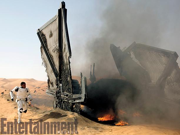 Star Wars: Episodio VII - Il Risveglio della Forza: John Boyega in una scena d'azione