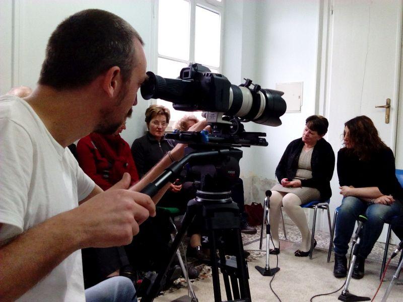 Genitori: Alberto Fasulo riprende il gruppo d'ascolto