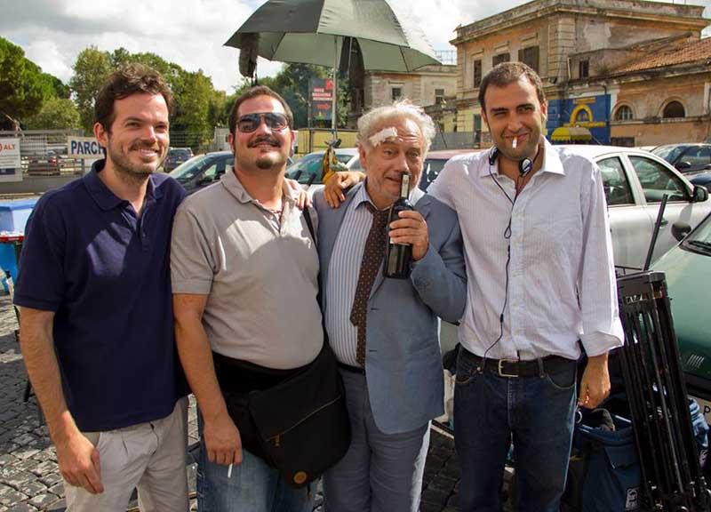 Bolgia totale: un'immagine promozionale con il regista Matteo Scifoni e l'attore Giorgio Colangeli