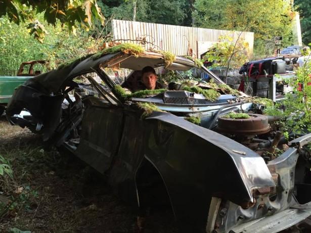 Supernatural: una foto dei resti dell'auto dei fratelli Winchester