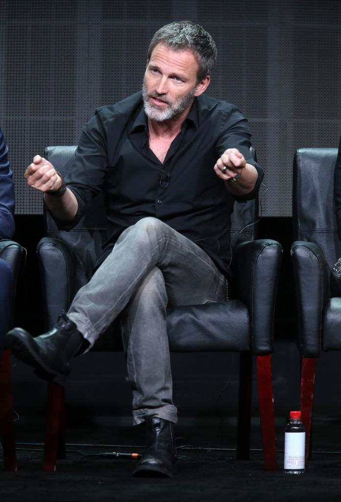 Stephen Moyer con nuovo look durante la presentazione di The Bastard Executioneer