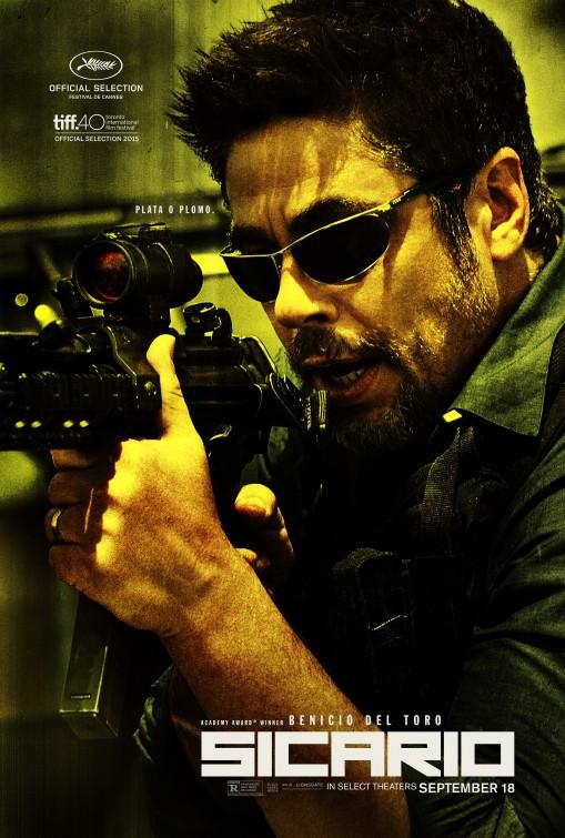 Sicario: il character poster di Benicio del Toro
