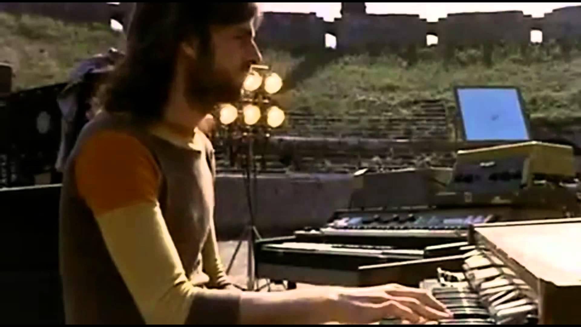 Pink Floyd: Live at Pompeii, Richard Wright in un'immagine tratta dal documentario