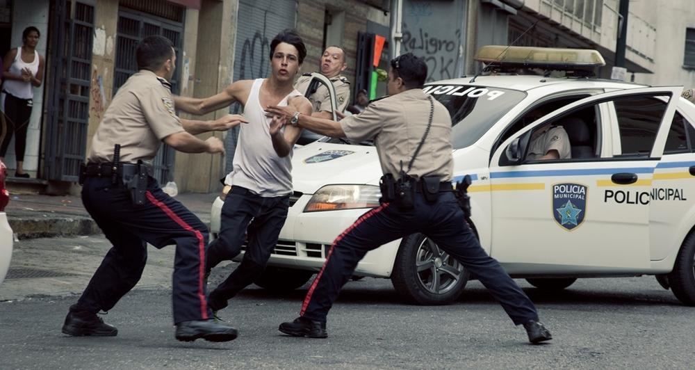 Desde allá: un momento d'azione del film