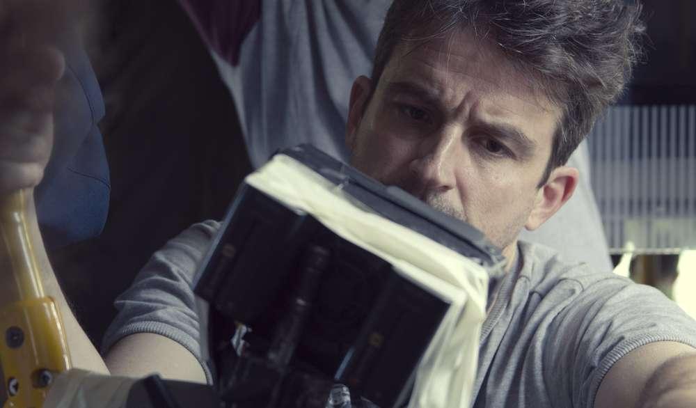 Desde allá: il regista Lorenzo Vigas al lavoro sul set