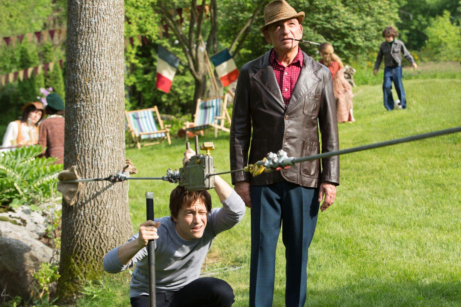 The Walk: Joseph Gordon-Levitt e Ben Kingsley in un'immagine del film