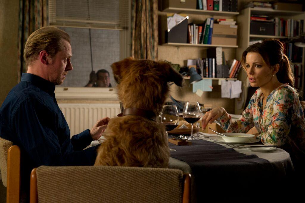 Un'occasione da Dio: Kate Beckinsale, Simon Pegg e il cane Mojo