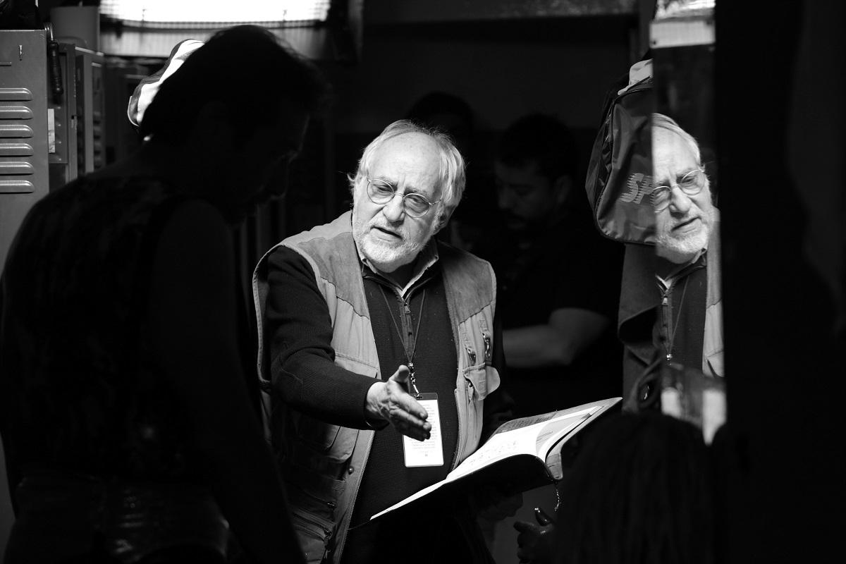 La calle de la Amargura: il regista Arturo Ripstein al lavoro sul set del suo ultimo film