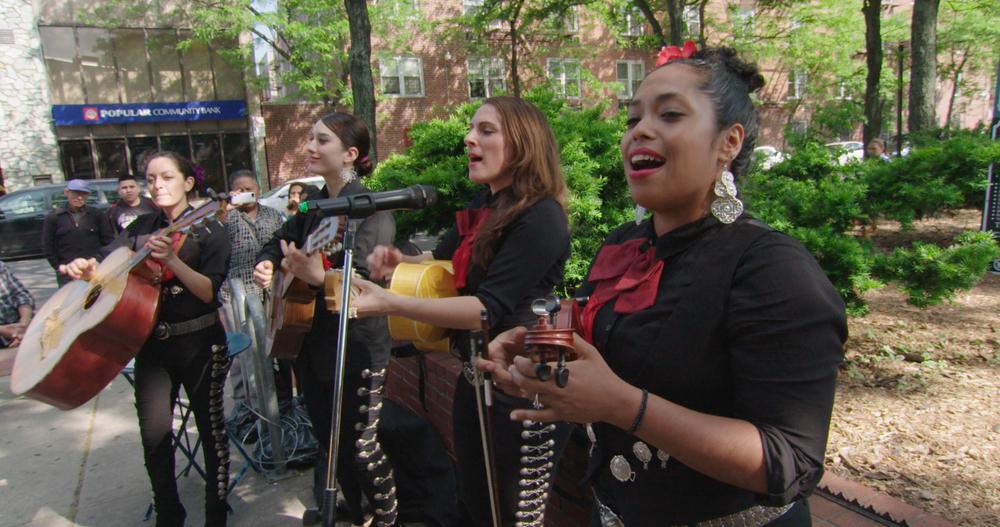 In Jackson Heights: un'immagine tratta dal documentario di Frederick Wiseman