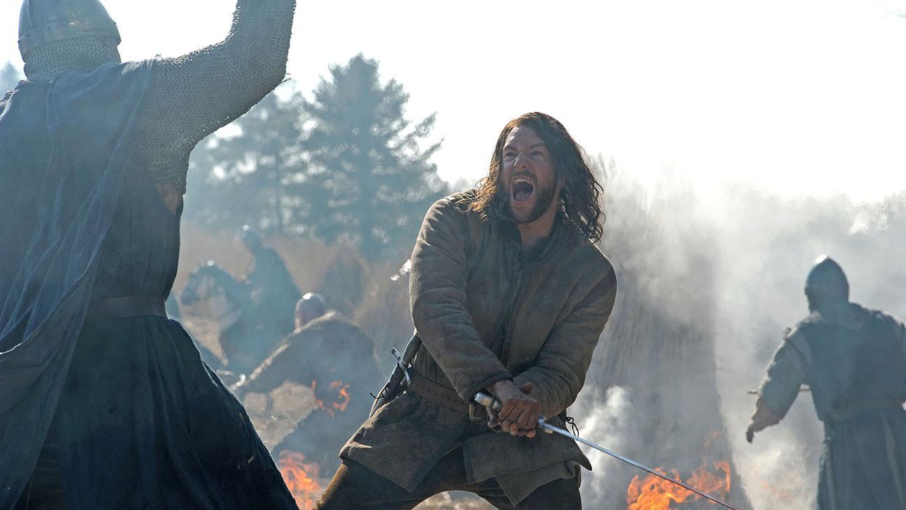 The Bastard Executioner: il protagonista Lee Jones in un'immagine della serie
