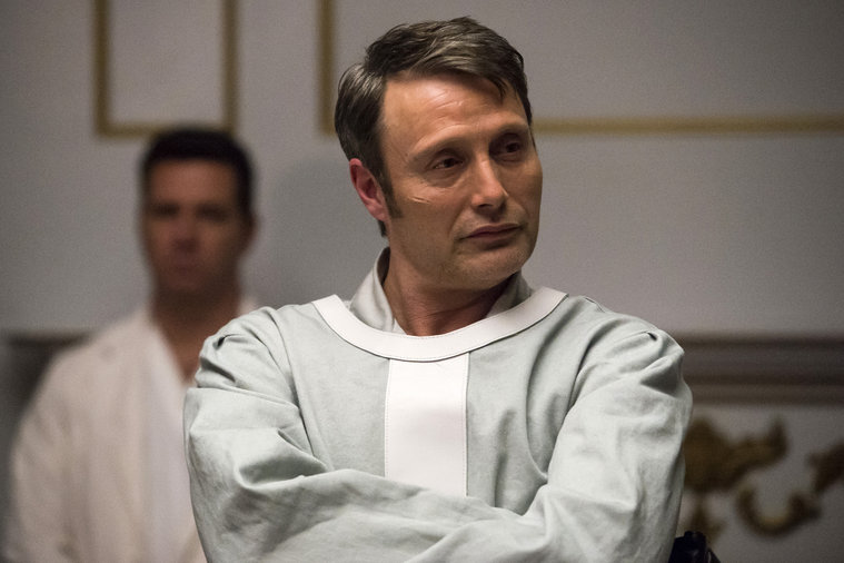 Hannibal: Mads Mikkelsen in una scena di The Number of the Beast is 666