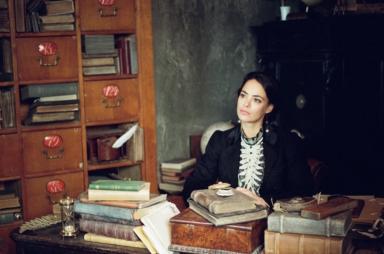 The Childhood of a Leader: Bérénice Bejo in un momento del film
