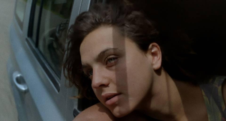 Arianna: la protagonista Ondina Quadri in una scena in macchina