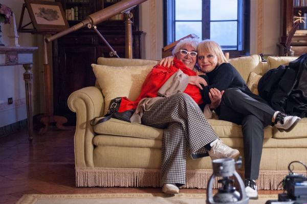 Dietro gli occhiali bianchi: Lina Wertmüller e Rita Pavone in un'immagine del documentario