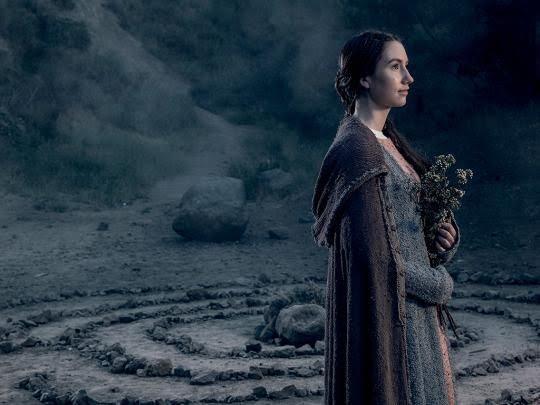 The Bastard Executioner: Sarah White in una foto promozionale della serie