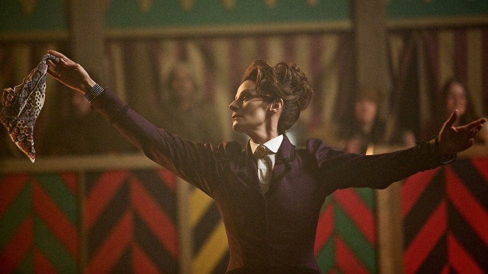 Doctor Who: un'immagine di Michelle Gomez in The Magician's Apprentice